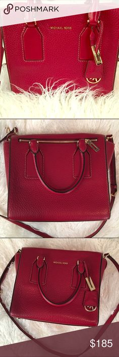 Michael Kors RED cross body bag Stunning MK red leather cross body bag. Only worn twice, LIKE NEW condition. Short handles and adjustable long strap. Pockets inside. Zip pocket on the outside. 8.5 inches and 10 inches wide. Perfect for the fall!!! Michael Kors Bags Crossbody Bags