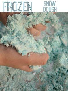 "Easy recipe for ""Frozen"" inspired snow dough"