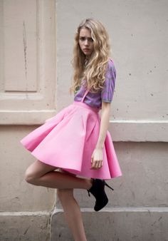 full pink skirt #valentines #fashion l wantering.com