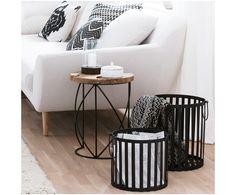 Machen Sie Ihr Wohnzimmer mit Beistelltisch Lina aus Teakholz und Metall zur Wohlfühloase. Entdecken Sie weitere Möbel auf >> WestwingNow.