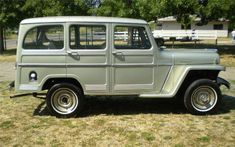 1960 WILLYS 4 DOOR STATION WAGON - Barrett-Jackson Auction Company - World's Greatest Collector Car Auctions