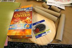 Organiza tu escritorio con cajas de cereales y rollos de papel higiénico