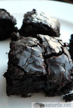 Coffee Brownies - If you love coffee and chocolate, this chocolate brownie recipe is perfect for you!.
