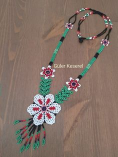 Beading, Crochet Necklace, Jewelry, Flower, Hanging Necklaces, Mandalas, Beads, Jewlery, Jewerly