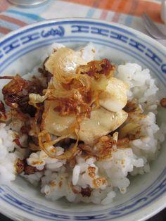 mero, salsa ponzu arroz y cobertura crujiente