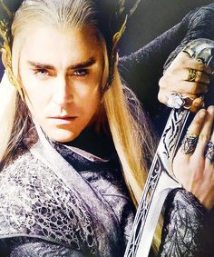 Thranduil, being epic.