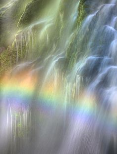 rainbow and waterfall, wow this amazing photo! All Nature, Amazing Nature, Cool Photos, Beautiful Pictures, Beautiful Waterfalls, Over The Rainbow, Beautiful World, Rainbow Colors, Wonders Of The World