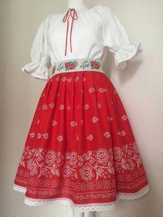 Folklórny komplet / ivapetrovska - SAShE.sk - Handmade Šaty Waist Skirt, High Waisted Skirt, Folklore, Skirts, Clothes, Fashion, Outfits, Moda, Kleding