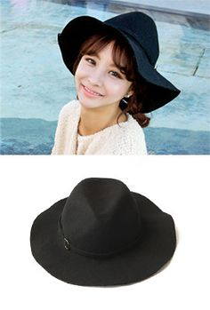 Today's Hot Pick :Wide Brim Fedora Hat http://fashionstylep.com/SFSELFAA0003438/myharooen/out Look classy and sophisticated under the sun with this wide brim fedora hat. Wear this gorgeous head gear with a shirt dress and ankle-strap heels. - Wide brim - Belt design with square buckle - Structured crown - Available color(s): Black
