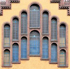 https://flic.kr/p/ejyuf9 | Barcelona - Urgell 173 i | Escola Industrial  1915  Architect:  Joan Rubió i Bellver