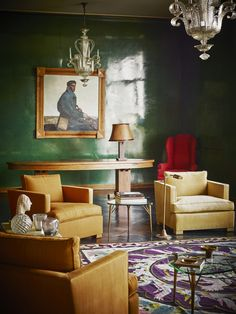 green lacquer walls