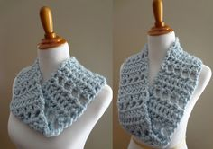 Free Crochet Pattern...Cloudy Sky Mobius Cowl!...I really like this color! Lovely share, thanks so xox