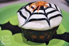 Spider Web cupcakes: How to.
