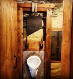 Instagram media by chrisinjapan1 - Let's hope the rope holds #germany #rheinfels #burg #castle #schloss #schlossrheinfels #toilet #schafott #blutgeruest #fallbeil #pissoir #makaber #macabre #guillotine