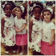Ginevra & Lucrezia...due cuginette dolcissime, pazze l'una dell'altra ...e noi pazze di loro che non avremmo mai smesso di fotografare! Entrambe total look #Monnalisa  #kidzootd #modakids #kids #moda #modakids #fashion #fashionstyle #primavera #estate  #kidsblog #kidzfashion #kidsfashion #love #bambinebelle #instababy #abiti #instamamme #instafashion #abbigliamentobambini #instapics #MinimodaPrato #outfitoftheday #ootd #outfitperbambini #ootdkids #picoftheday #pics @monnalisa_official