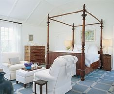 Traditional Bedroom by Thad Hayes and Alan Wanzenberg Architect in Hamptons, New York Master Bedroom Interior, Bedroom Decor, Bedroom Ideas, Bedroom Hacks, Clean Bedroom, Contemporary Bedroom, Rustic Contemporary, Bedroom Modern, Modern Rustic
