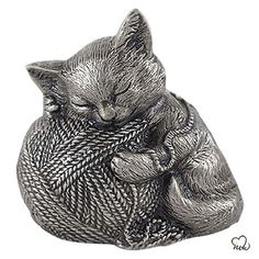 Sleeping Cat Cremation Urn For Ashes in Silver Pet Cremation Urns, Funeral Urns, Pet Ashes, Memorial Urns, Human Ashes, Pet Urns, Silver Cat, Small Cat, Pets
