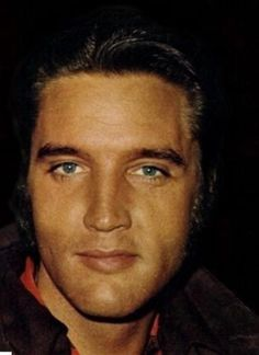 Elvis Presley, great color photo of him.