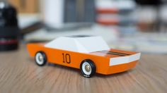 General Lee, Toddler Toys, Baby Toys, Kids Toys, Wooden Toy Cars, Wood Toys, Muscle Cars, Objet Deco Design, Gadgets