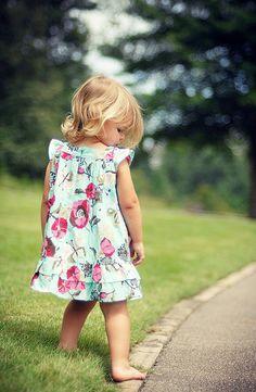 Peço a Deus que proteja os meus passos, que edifique minha fé quando esta estiver fragilizada. Peço que me dê sabedoria para viver sem medo de cair. E que me ensine a perdoar o mal que me é direcionado. Amém - Marcely Pieroni Gastaldi -