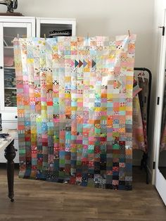 Eight different scrap quilts by Jolene - each is amazing and so different. History Of Quilting, Quilting Blogs, Quilting Projects, Art Quilting, Quilting Ideas, Low Volume Quilt, Crumb Quilt, Pinwheel Quilt, Star Quilt Blocks