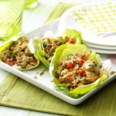 Chicken Lettuce Wraps Recipe If you have gone to an Asian restaurant, then you have probably tried lettuce wraps. These Chicken Lettuce Wraps recipe is inspired by Thai cuisine, b. Thai Chicken Lettuce Wraps, Lettuce Wrap Recipes, Lime Chicken, Cilantro Chicken, Cooked Chicken, Veggie Wraps, Chicken Pizza, Asian Recipes, Appetizers