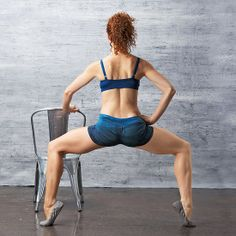 Trim Your Butt: Second-Position Pulse exercise