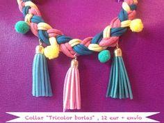(€16.99) Collar tricolor en algodón trenzado con borlas y Pompones.
