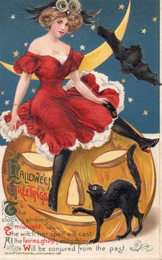 Sexy witch! Collecting Vintage Halloween Postcards. Click thru to read more or pin to save for later!