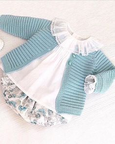 Best 11 How to make a Knitted Kimono Baby Jacket – Free knitting Pattern & tutorial – Sa… – – SkillOfKing. Baby Knitting Patterns, Baby Cardigan Knitting Pattern, Knitted Baby Cardigan, Baby Patterns, Free Knitting, Fashion Kids, Baby Sweaters, Baby Dress, Knitwear