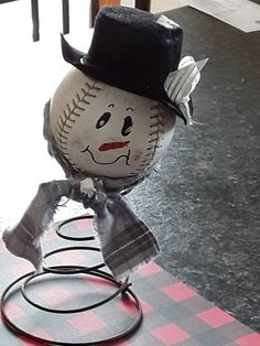 Softball or Baseball Snowman on bed spring Snowman Crafts, Christmas Projects, Fall Crafts, Holiday Crafts, Holiday Ideas, Christmas Love, Christmas Snowman, Winter Christmas, Christmas Ornaments