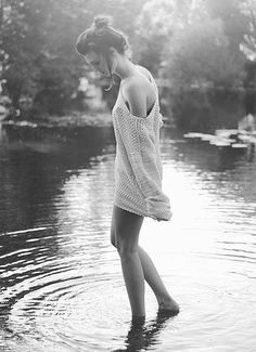 """Natural Beach Beauty"" Photo Shoot - Ideas Black And White, Black White, Black N White"