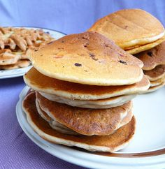 How to make gluten-free & vegan (egg-free / dairy-free) pancakes and waffles - well tested!