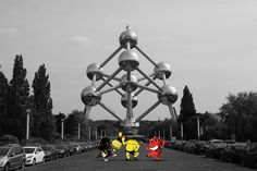 Noir jaune rouge!!! Visual Designed by didier quoistiaux #belgium #l'atelier30 #a30 #quoistiaux #expo #sprayculoos #graffooti #reddevils #print #design #atomium #cartoon Mural Painting, Paintings, Star Wars, Expo, Designs To Draw, Designer, Graphic Design, Cartoon, Architecture