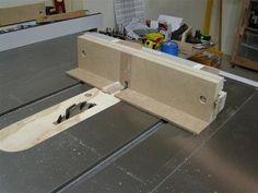 Box Joint / Finger Joint Jig - by ChunkyC @ LumberJocks.com ~ woodworking community