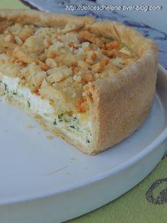 Tarte salée aux courgettes, feta et crumble de parmesan