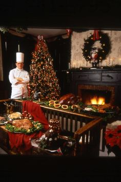 The Golden Lamb Inn & Restaurant decorated for the holiday season - in Lebanon, OH