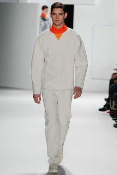 Lacoste Fall 2013 Menswear - It seems that Lacoste 2013 design gives an icy feeling. The whole design is simple with plain white color.