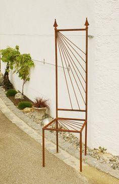 Deko Eisenstuhl Rost Motiv Modern Rankhilfe von Gartendekoshop24 auf DaWanda.com