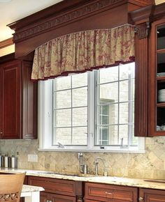 39 Window Valance Curtain Ideas (From Custom Workrooms) Kitchen Window Coverings, Kitchen Window Valances, Kitchen Sink Window, Kitchen Window Treatments, Custom Window Treatments, Kitchen Windows, Kitchen Sinks, Wood Valance, Valance Curtains