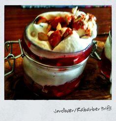 Strawberry/Rhubarb trifle... Yummy! Oven, Strawberry, Pudding, Breakfast, Desserts, Food, Morning Coffee, Tailgate Desserts, Essen