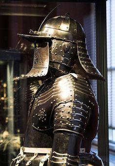 Polish winged hussar armor, c. XVII century    ... -                                         Museum of artifacts