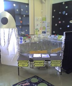 Spaceship role-play area classroom display photo - Photo gallery - SparkleBox