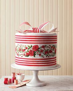 What a gorgeous way to add stripes to a wedding cake, and still keep it girly with floral  detailing  Keywords: #stripethemedweddings #jevelweddingplanning Follow Us: www.jevelweddingplanning.com  www.facebook.com/jevelweddingplanning/