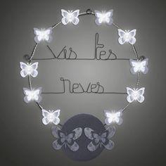 fb5177cbba00 Message murale lumineux en fil de fer à accrocher sur le mur d une chambre.  BIJOUX DE MUR