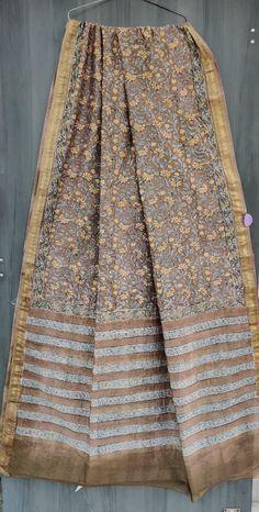 Price Rs 2145 + Shipping extra Beautiful hand block printed Maheshwari silk sarees With blouse Casual Saree, Bridal Sarees, Party Wear Sarees, Saree Styles, Designer Sarees, Sarees Online, Silk Sarees, Printed, Stylish