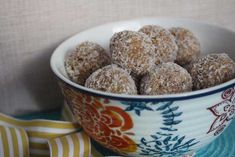 Thermomix recipe: Caramel Bliss Balls · Tenina.com