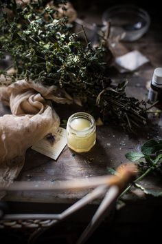 Basic Herbal Beeswax Balm Recipe for Multiple Uses + Balm Post-Mosquito Bites - Hortus Natural Cooking by Valentina Solfrini