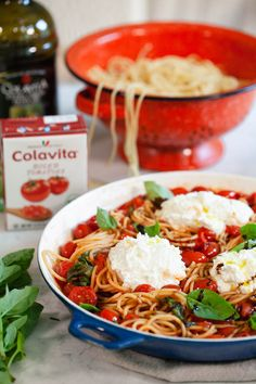 Round up the last of your summer produce, grab some ricotta, and do spaghetti differently with this fresh summer tomato spaghetti! Bucatini Recipes, Fourth Of July Food, Summer Tomato, Anti Inflammatory Diet, Vegetable Side Dishes, Pizza Recipes, How To Cook Pasta, Cherry Tomatoes, Summer Recipes