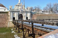 Cetatea Alba Iulia: cea mai frumoasa cetate din Romania (I) Beautiful Places To Visit, Places To See, Visit Romania, Travel List, European Travel, Day Trips, Travel Inspiration, Traveling By Yourself, Travel Photography